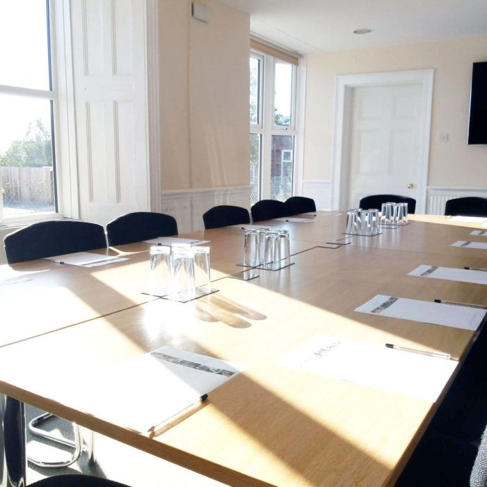 Heath House Conference Centre: Bright Meeting room to seat 20 board room style