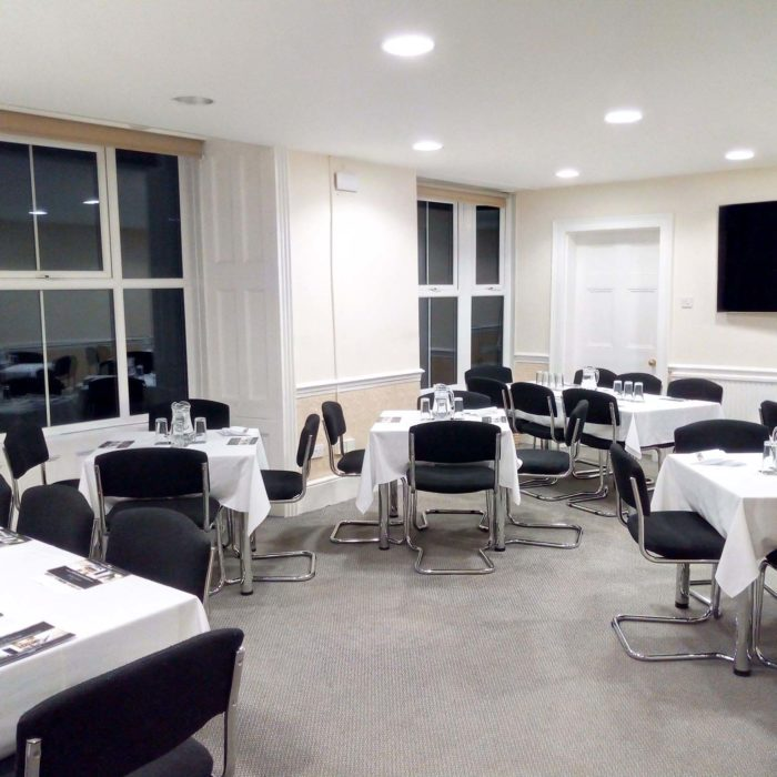 Heath House Conference Centre: Cabaret room layout